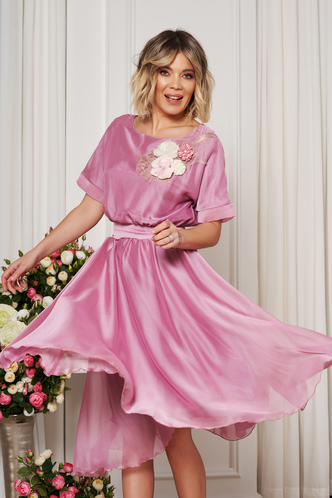 diverse stiluri vânzare cu amănuntul cumpărători de vânzări Rochie StarShinerS rosa de ocazie in clos cu elastic in talie ...